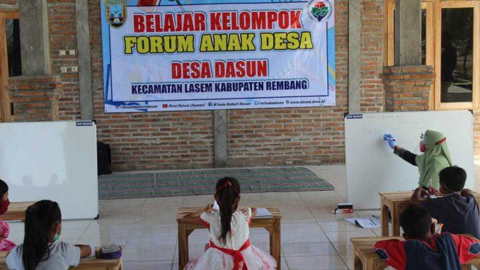 Forum Anak Desa (FAD) Desa Dasun Selenggarakan Belajar Kelompok bagi Siswa